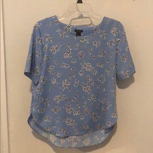 Ann Taylor blue floral short sleeve shirt